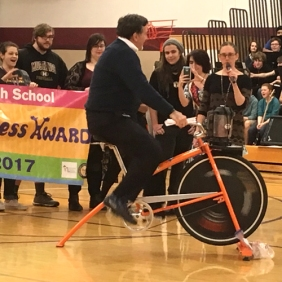 The principal at Milwaukie High School pedaled a smoothie bike to make tasty strawberry yogurt smoothies.